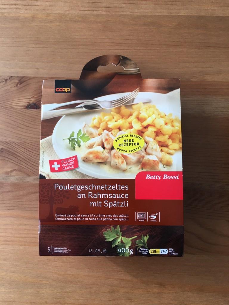 Pouletgeschnetzeltes an Rahmsauce mit Spätzli - verpackt
