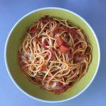 Spaghetti Caprese - angerichtet